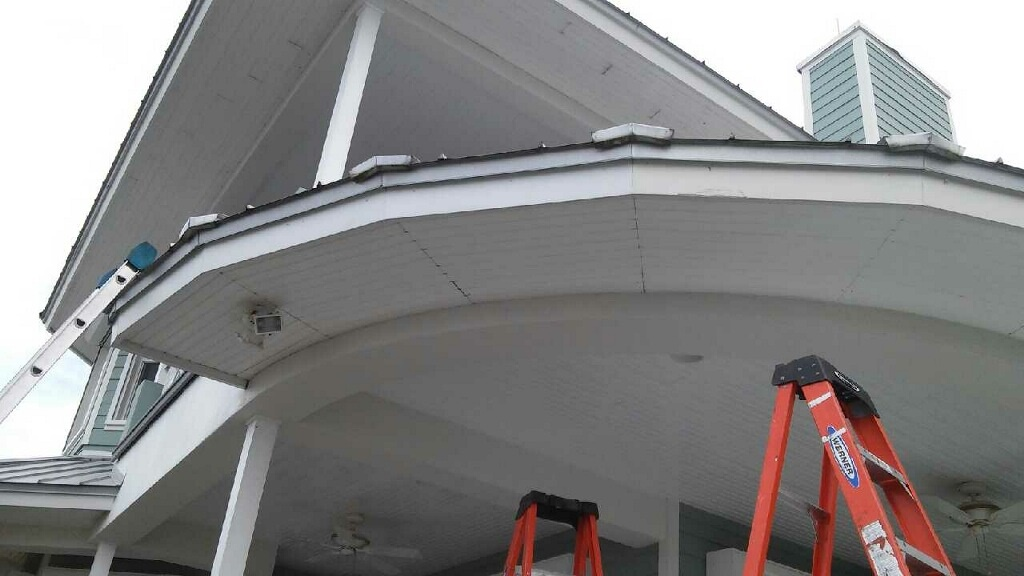 gutterprofessionalsinc.com-gutters-in-palm-beach
