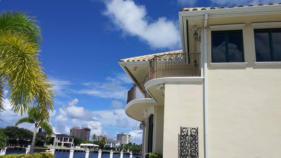 Seamless Gutters West Palm Beach